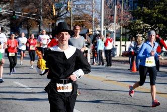 gliter-and-goat-cheese-atlanta-thanksgiving-day-half-marathon-costumes